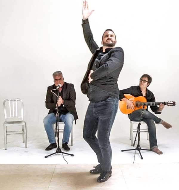 Alegrias Explained on Flamenco Explained with Jose Cortez Fernadez Manuel Gutierrez and Kai Narezo